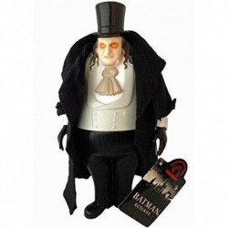 Batman Returns: Penguin - 9 inch Figure